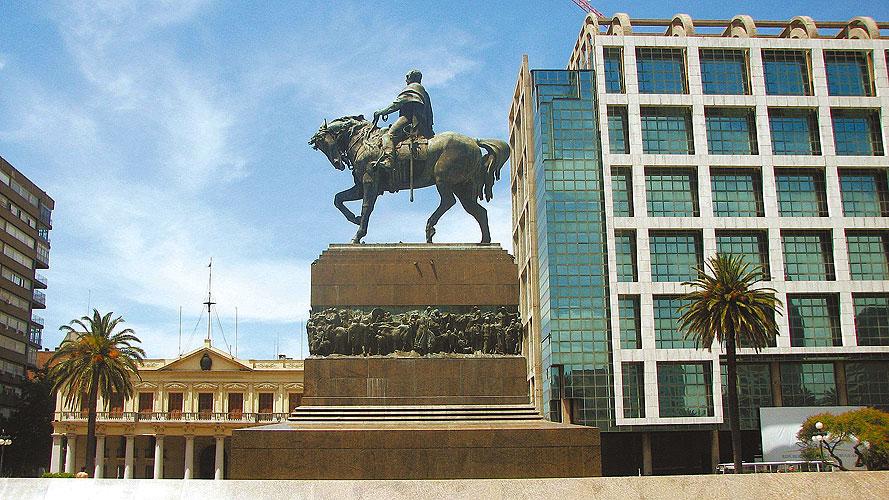 Montevidéu (URU)