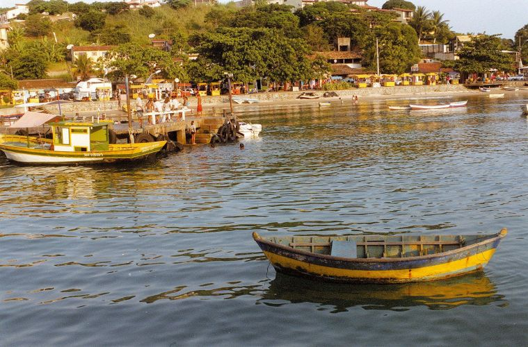 Barcos no píer