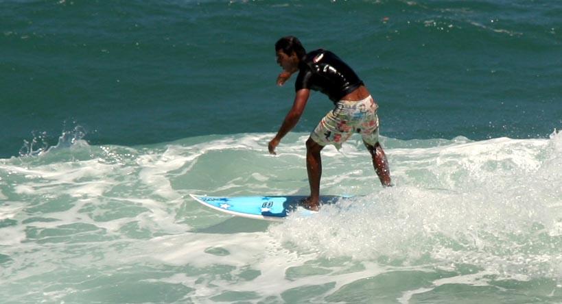 Surfe em Itacarezinho