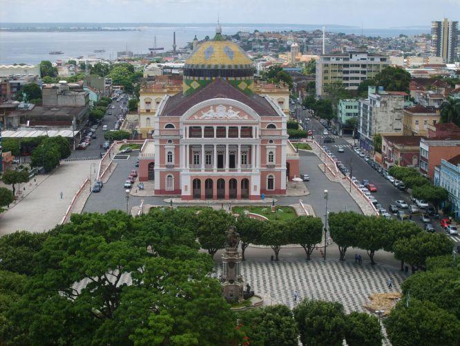 Teatro Amazonas, um dos cartões-postais da cidade