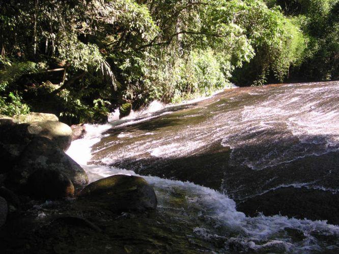 Escorregador da cachoeira Tobogã