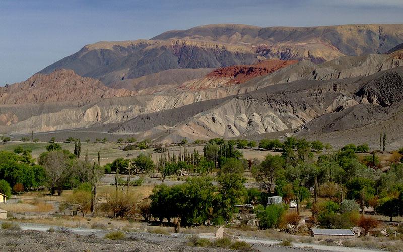 Montanhas coloridas