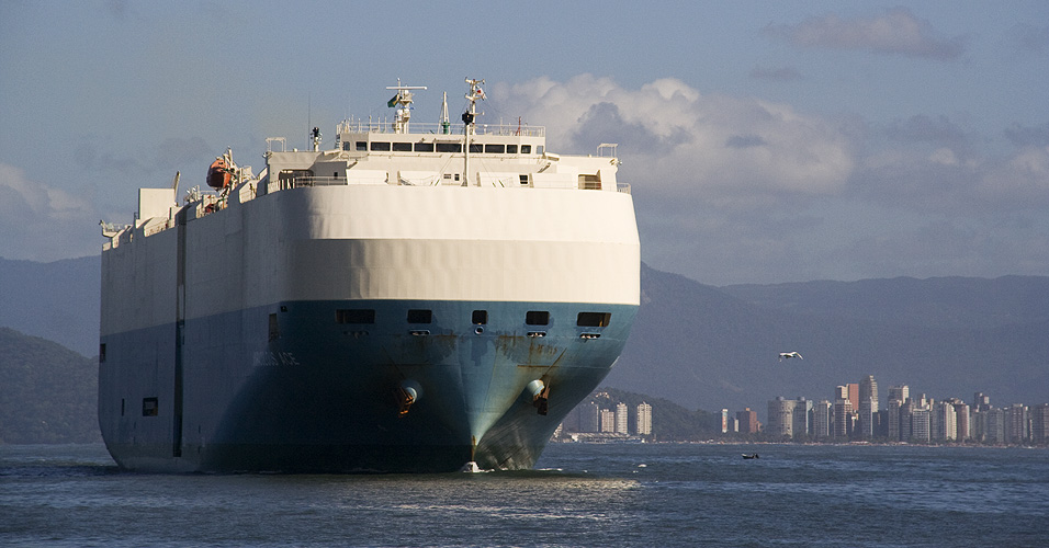 Navios no porto