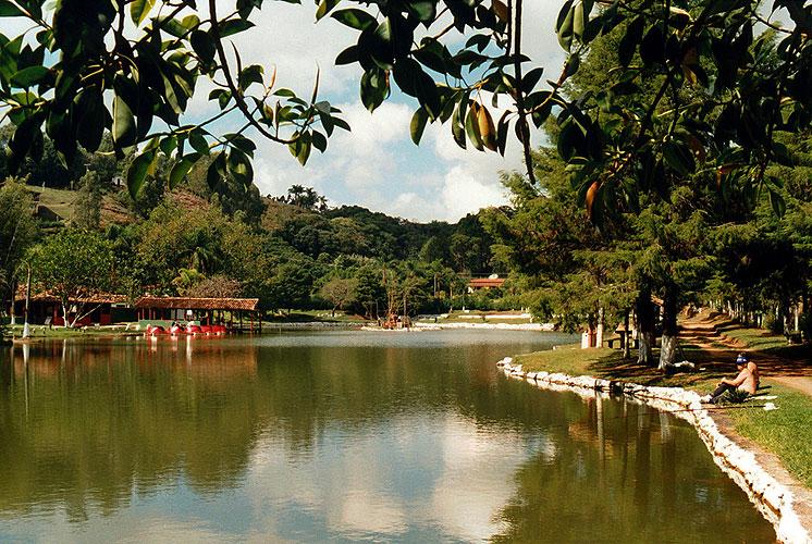 Lago dos Macaquinhos