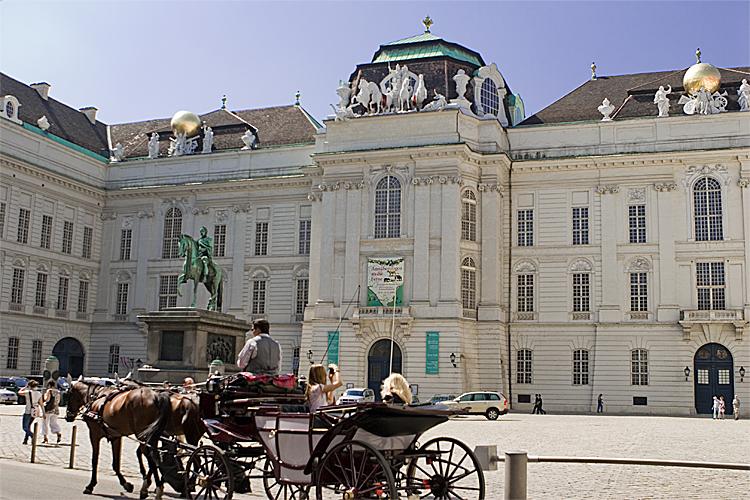 Praça Josephplatz