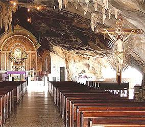 Interior da Gruta da Lapa, em Bom Jesus