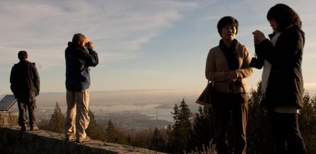 Os montes Cypress, Grouse e Seymour ficam a menos de 27 quilômetros do centro de Vancouver