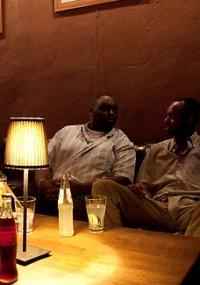 As noites são longas e começam tarde no Havana Club, em Bujumbura, a capital do Burundi