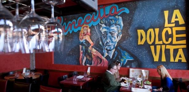 Prove tapas modernos ao estilo mediterrâneo no Extra Virgin, o mais recente restaurante do titã da culinária de Kansas City, Michael Smith