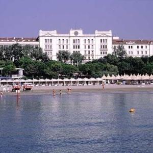 Fachada do hotel Des Bains, em Veneza
