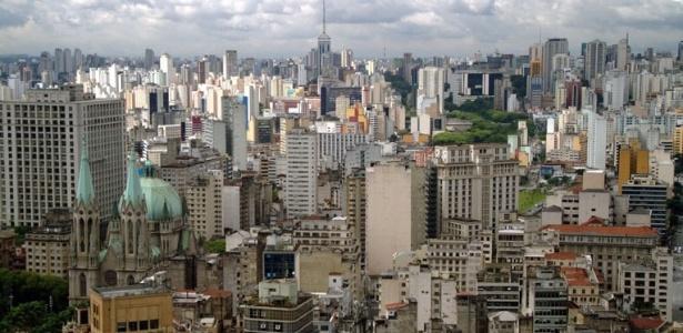 Vista da zona sul de São Paulo a partir da Torre do Edifício Altino Arantes, conhecida como Torre do Banespa