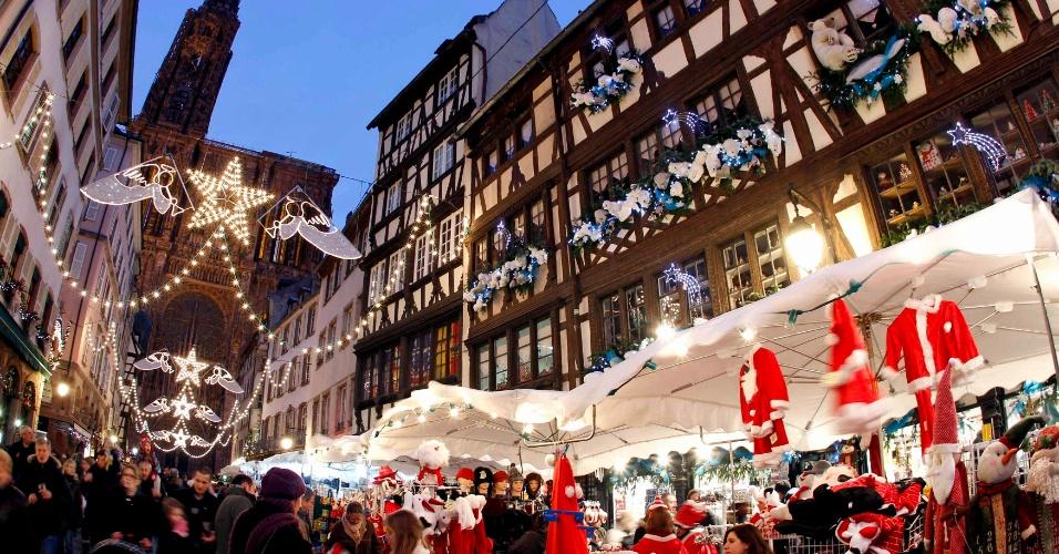 Mercado natalino de Estrasburgo começa sua temporada de 2011