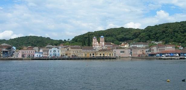 Conheça São Francisco do Sul, a cidade mais antiga de Santa Catarina -  22 03 2012 - UOL Viagem 5a871f4f71